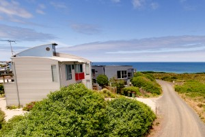 PhillipIslandWaterfrontHouse-Front-Ocean-View