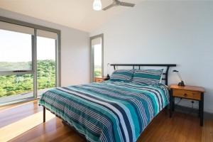 PhillipIslandWaterfrontHouse-bedroom-ocean-view