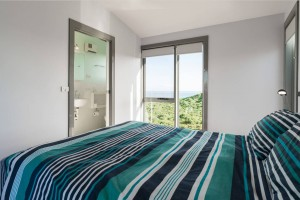 PhillipIslandWaterfrontHouse-bedroom-ocean-view-with-ensuite