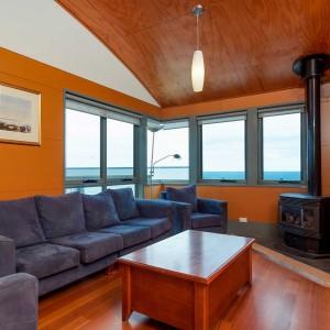 PhillipIsland-accommodation-holiday-house-topfloor-view1024x1024